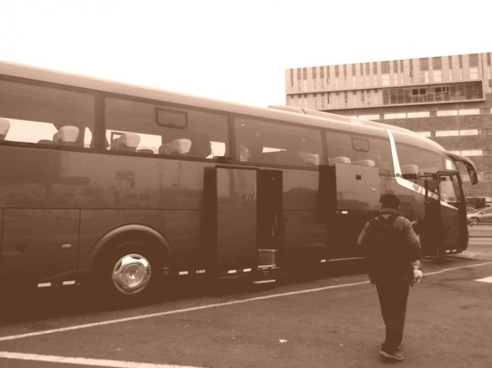 ツアーバス3